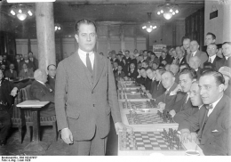 José Raoul Capablanca 1929 in ... Berlin!